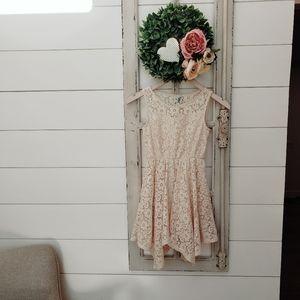 Girls lace sleeveless summer dress sz 8